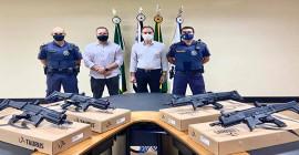 Prefeitura entrega novo armamento para a GCM