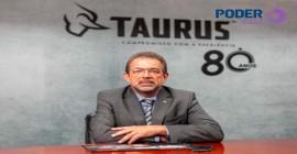 Podcast Poder Entrevista com Salesio Nuhs, CEO da Taurus Armas