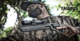 Revólver Raging Hunter: um dos grandes sucessos da Taurus nos EUA é tema de reportagem