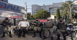 Brigada Militar de Lajeado recebe dois fuzis doados pela empresa Lyall