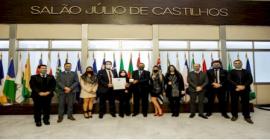 Gasparense recebe homenagem da Assembleia Legislativa do Rio Grande do Sul