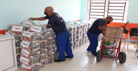 Taurus doa 1.172 cestas básicas para entidades sociais de São Leopoldo