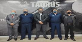 Brigadeiro do Ar Mauro Bellintani e comitiva visitam fábrica da Taurus em São Leopoldo, no Rio Grande do Sul